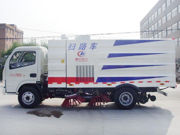 5吨扫路车 程力威牌CLW5070TSLD5型扫路车