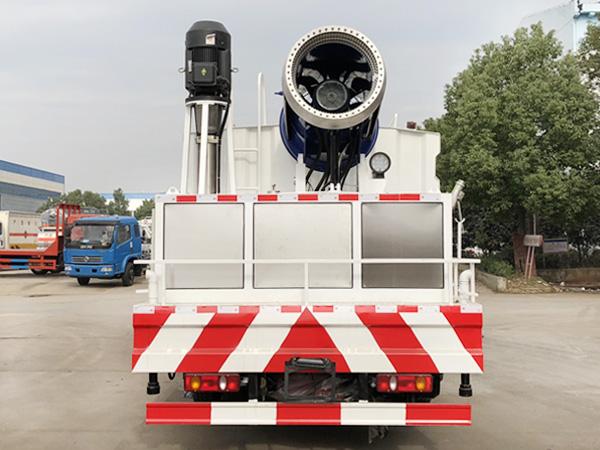 多功能车载造雪车 抑尘/造雪机