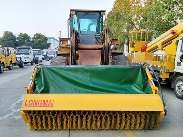 铲车改装刷雪刷 除雪铲/装载机加装除雪滚刷 推雪铲